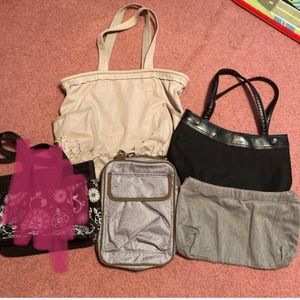 Lot of thirty one bags